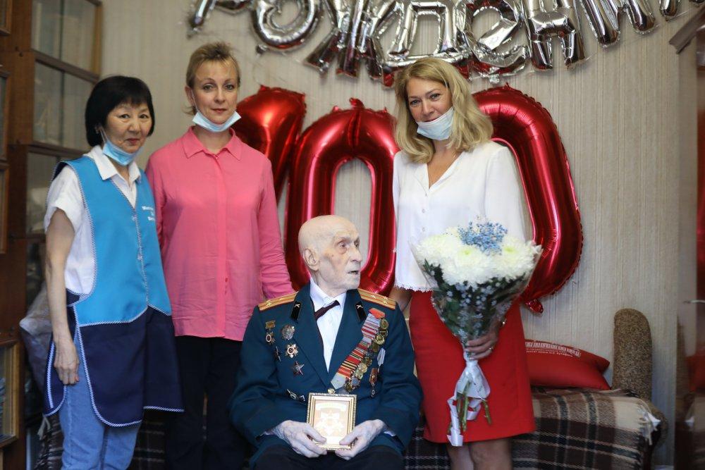 Командир легендарной «Катюши» взял 100-летний рубеж